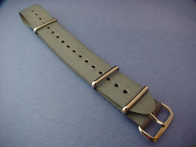 20 mm grey NATO strap