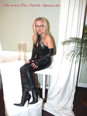 A dominatrix queen angel and great cum rimming with milf 10