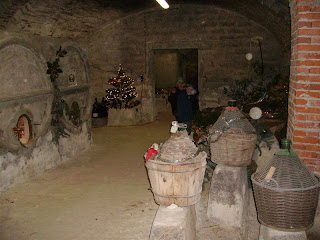 The amazing cellar of Villa Mimma, aged a few centuries, where the Nativities are displayed.