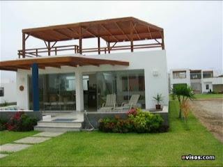 Arquitectura urbanismo placer y control huachafa for Casa minimalista lima
