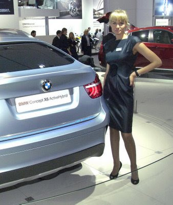 Hot girls from Moscow Auto show 3