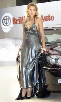 Hot girls from Moscow Auto show 5