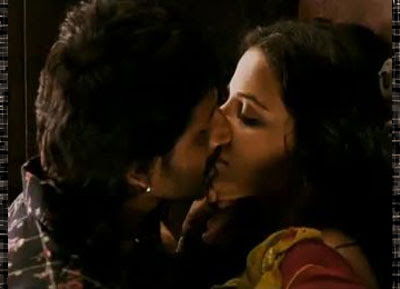 Vidya Balan Kissing Scenes