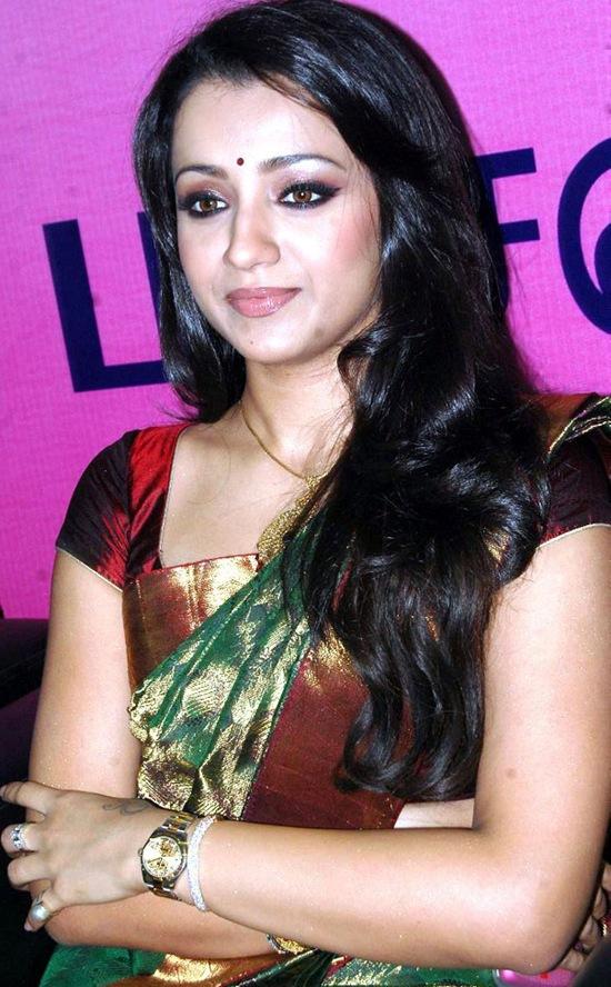 Anushka Shetty Hot Saree - Hot Girls Wallpaper