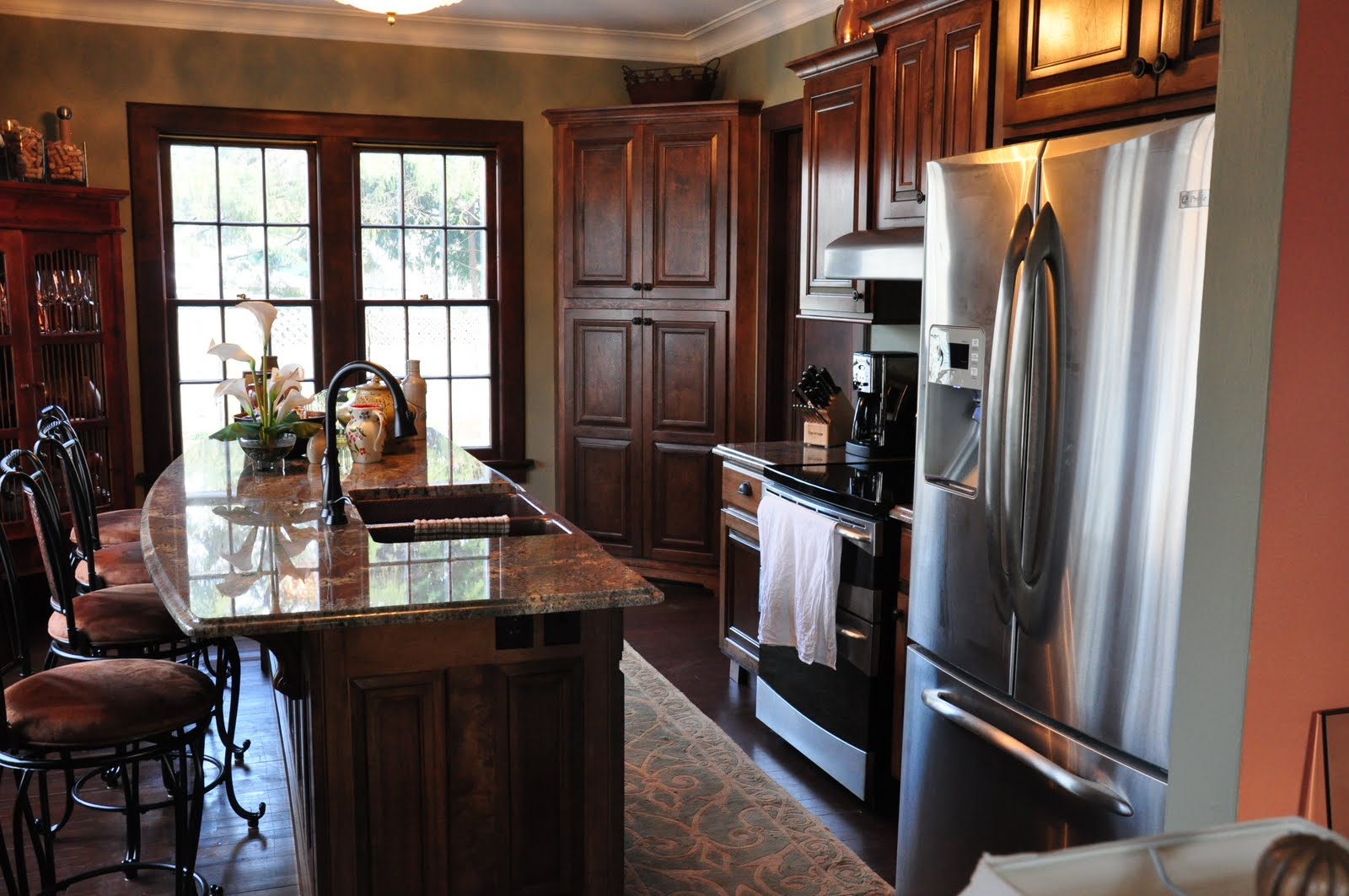 Kitchen Wet Bar Photos