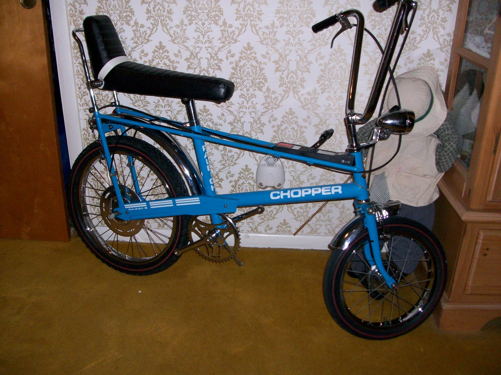 8012c14a587 This is my 1971 raleigh chopper 3+2 that I purchased off ebay as a basket  case. the rear sturmey archer S5 hub is dated 11 71 and the front dyno hub  is ...
