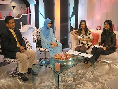 Gambar Maizawati Zainal isteri kepada Ustaz Akhil Hayy