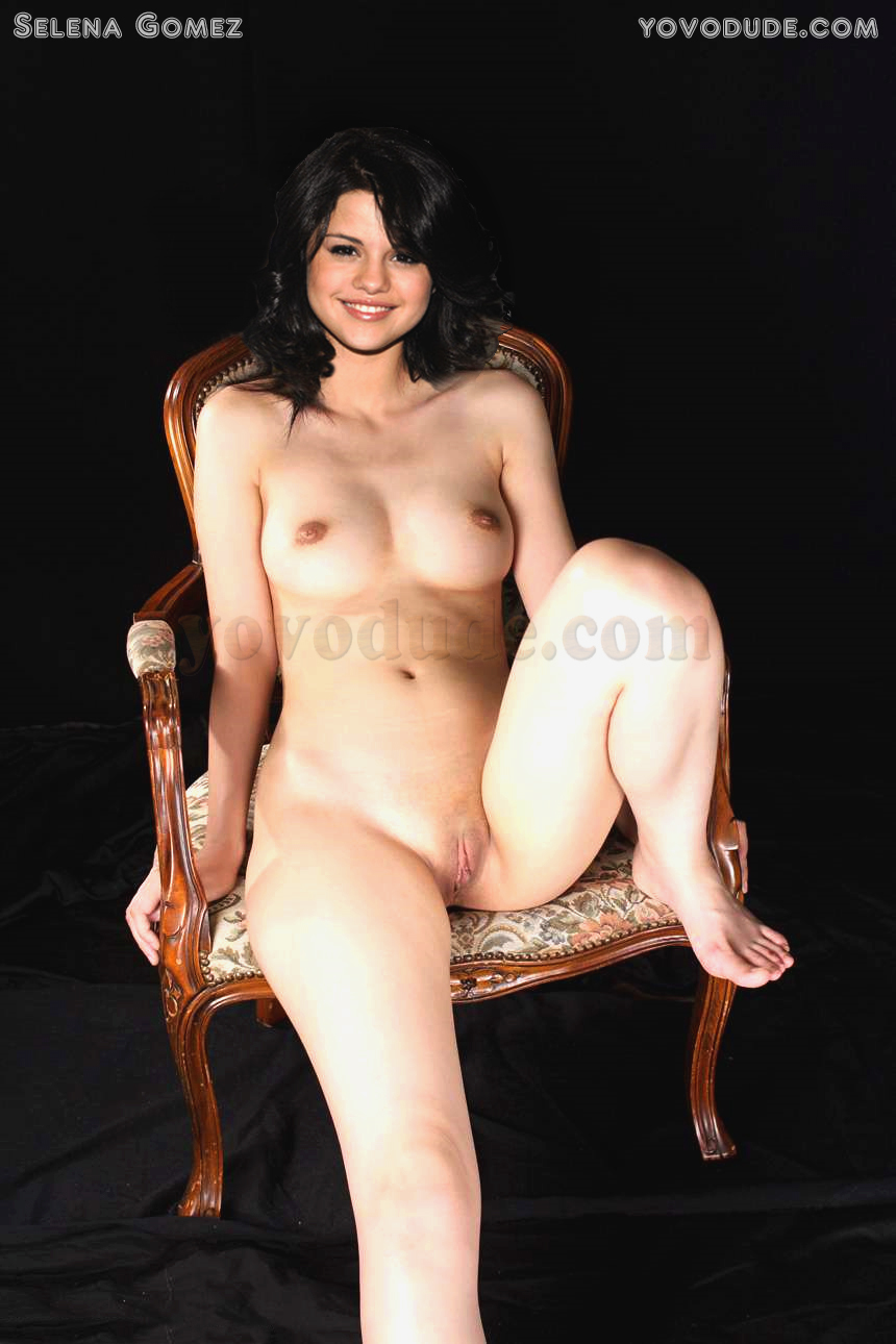 Naked Celebrity Girls Selena Gomez-8312