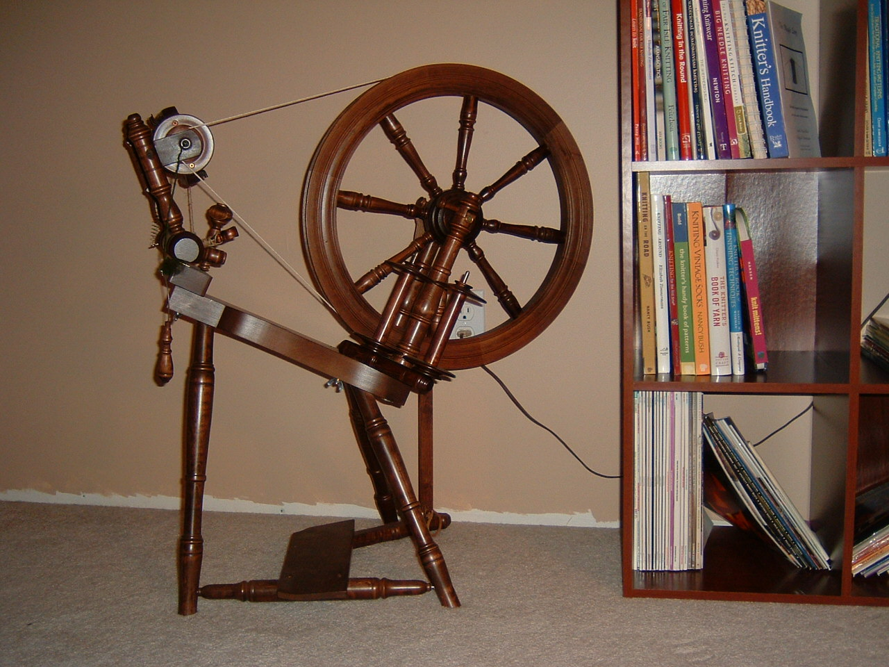 [my+Kromski+Prelude+wheel.JPG]