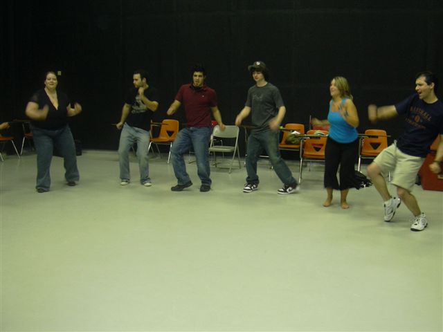 [cast+Dancing]