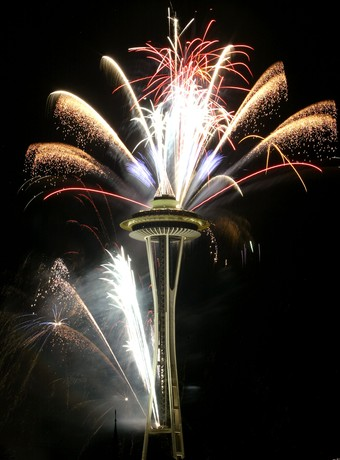 [Fireworks+space+needle.htm]