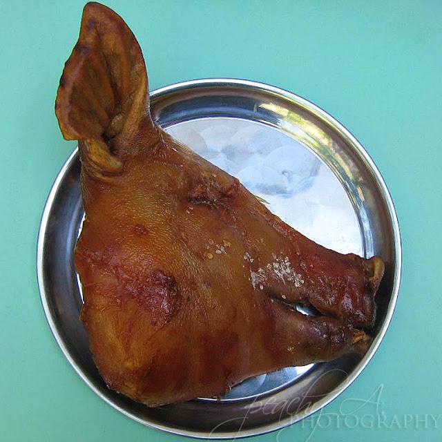 Roasted Pig's Head/ Lechong Ulo ng Baboy