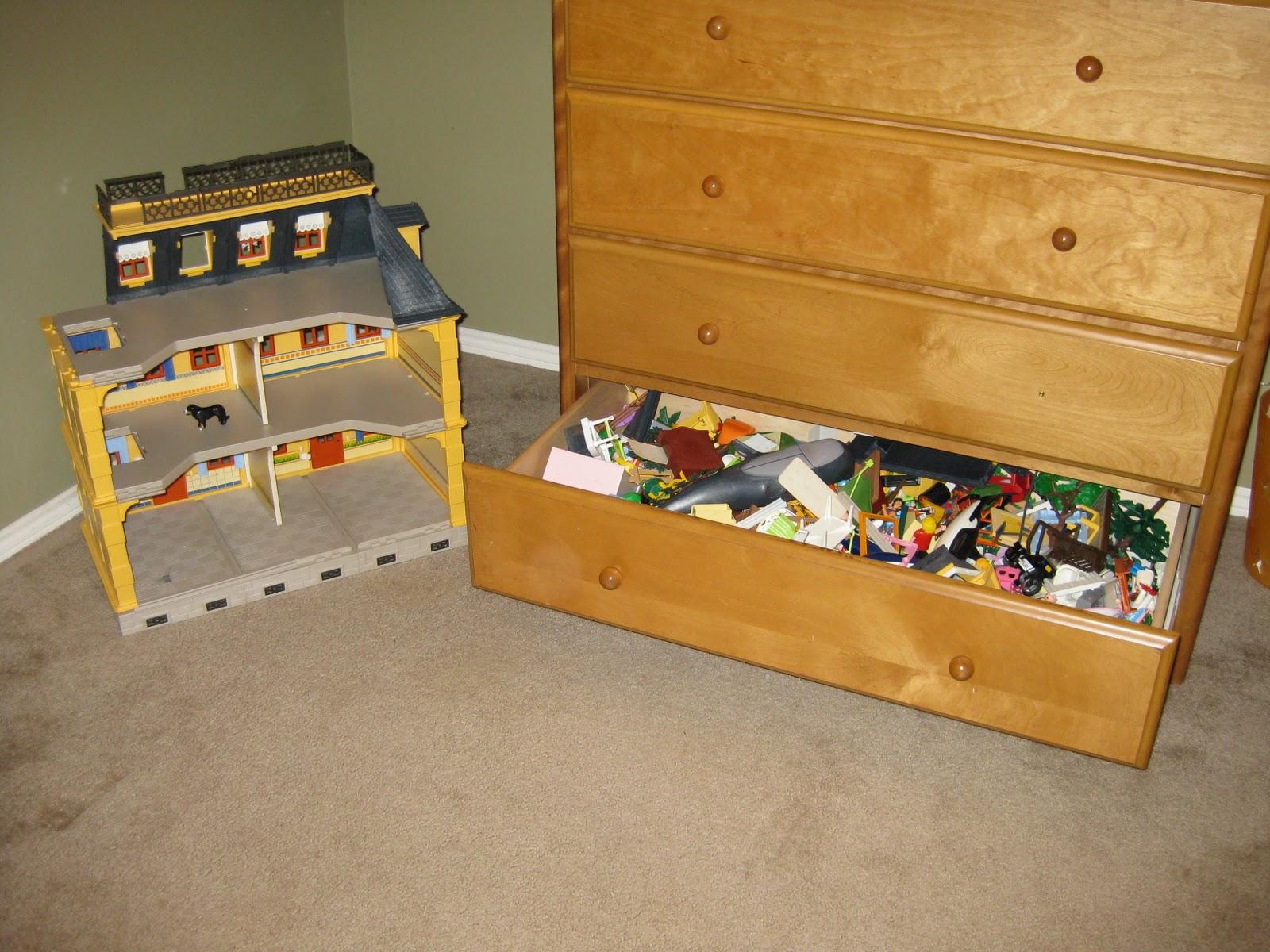 Reorganizing Room: Pretty Organized: Kid Room Reorganize