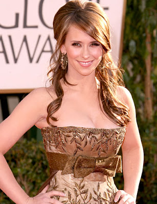 famous woman with brown hair and bangs photo 55830-2