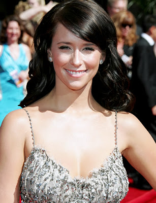 famous woman with brown hair and bangs photo 55830-1