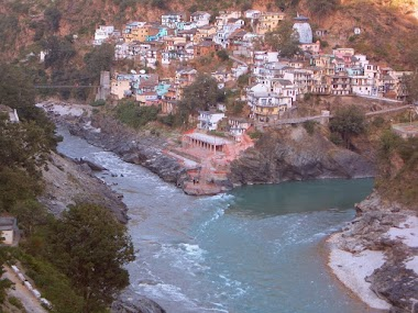 The Trek to Devprayag and a Night with the Tiger