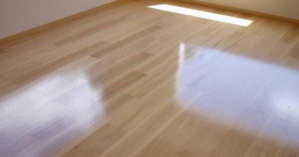 C mo limpiar y mantener un suelo de parquet o tarima - Como limpiar suelo porcelanico ...