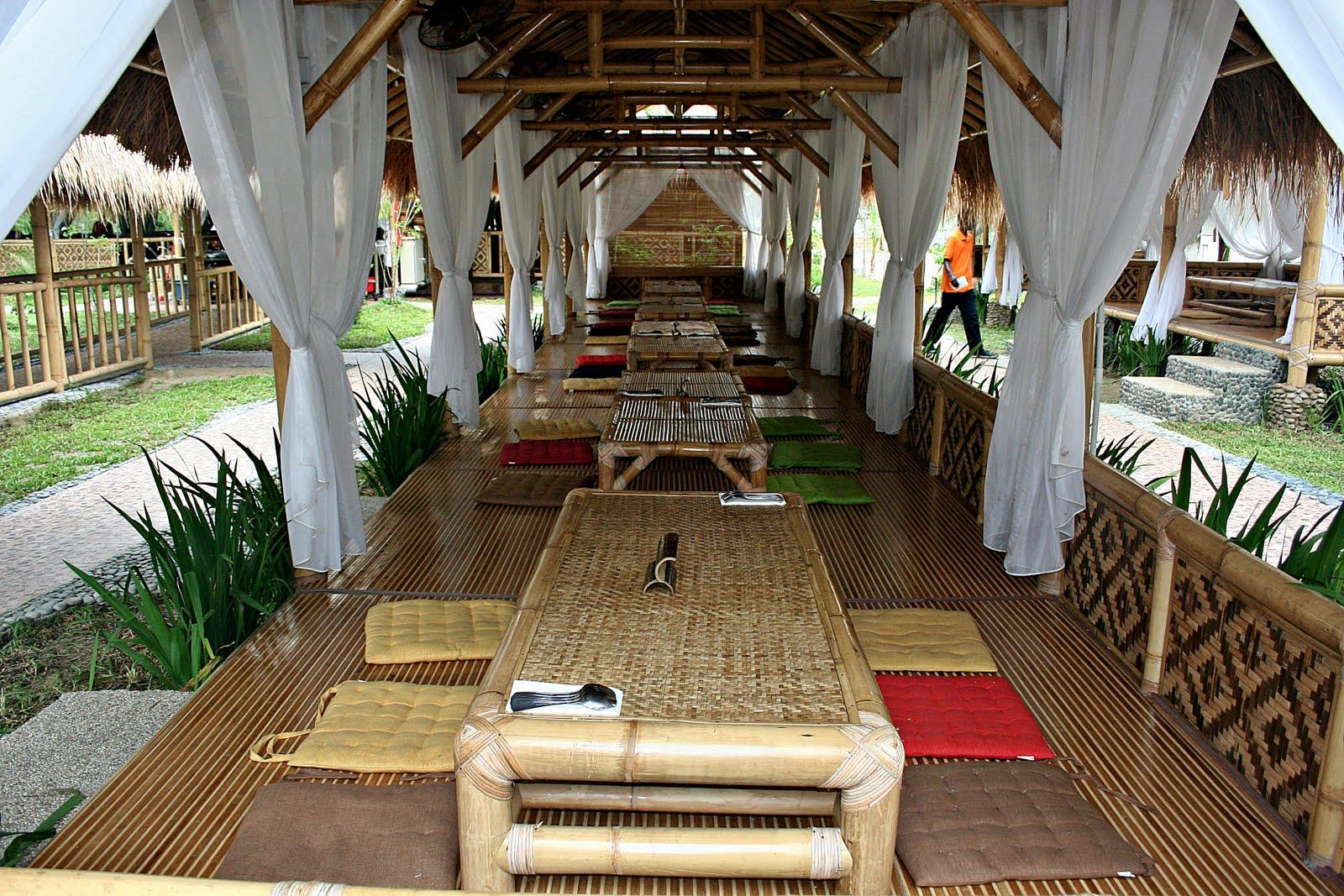 Desain  Warung  Makan Dari  Bambu