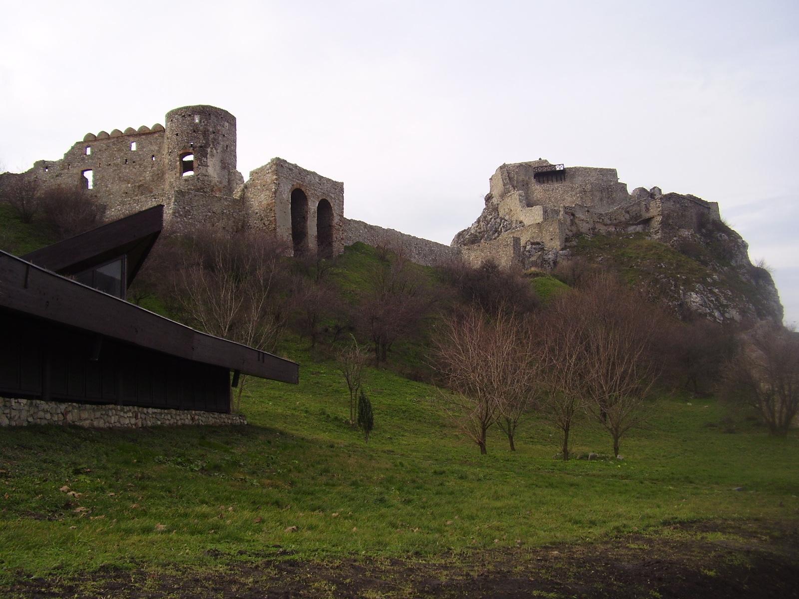 [EslovÃ]