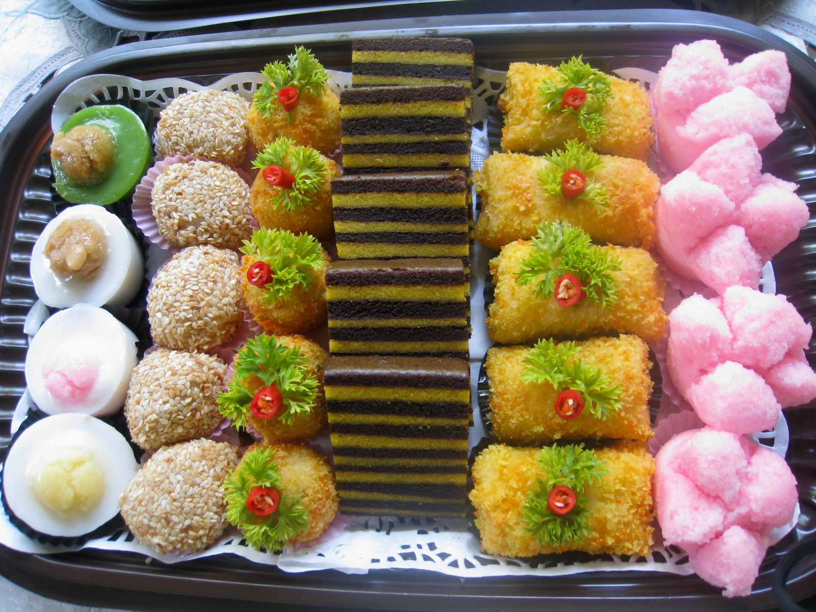 Kue Nampan Mini Jajanan Pasar Indonesia Traditional Snacks