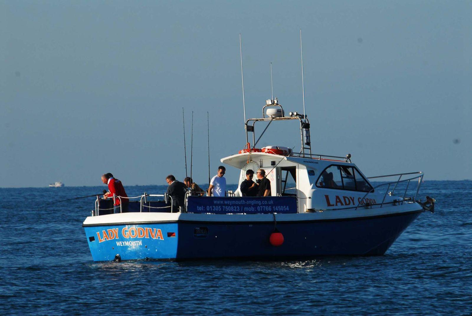 Аренда судна для морской рыбалки в Териберке