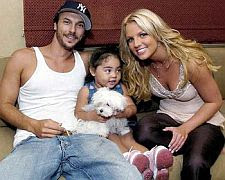 The happy family of britney spears with husband kevin fedderline