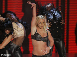 brittney spears in mtv awards function dancing
