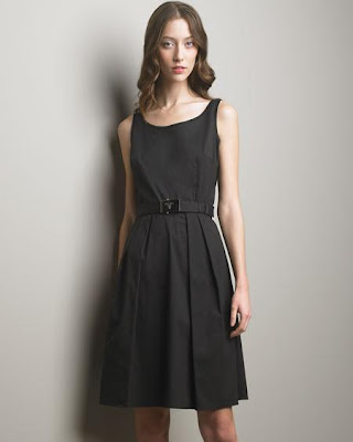 Perfect  Black Dress on Glamourous Living  In Search Of The Perfect Little Black Dress