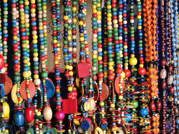 Artesanato na Amazonia Cores e lembranças de uma viagem