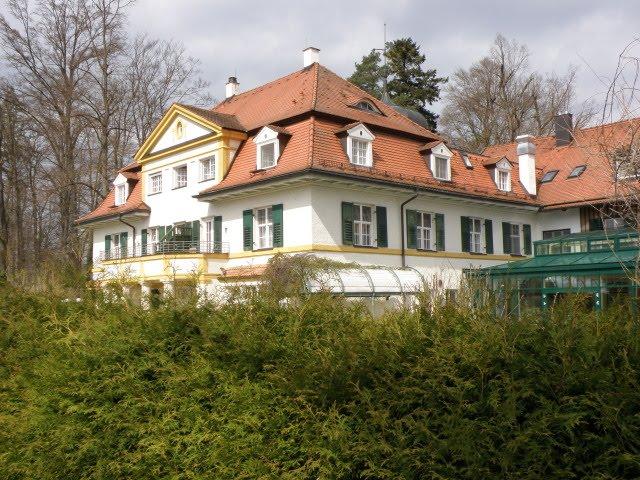 Hotel Schloß Oberambach