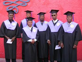 Primeros graduandos de Lic. en Educación Fisica de la Regional 01 de Barahona