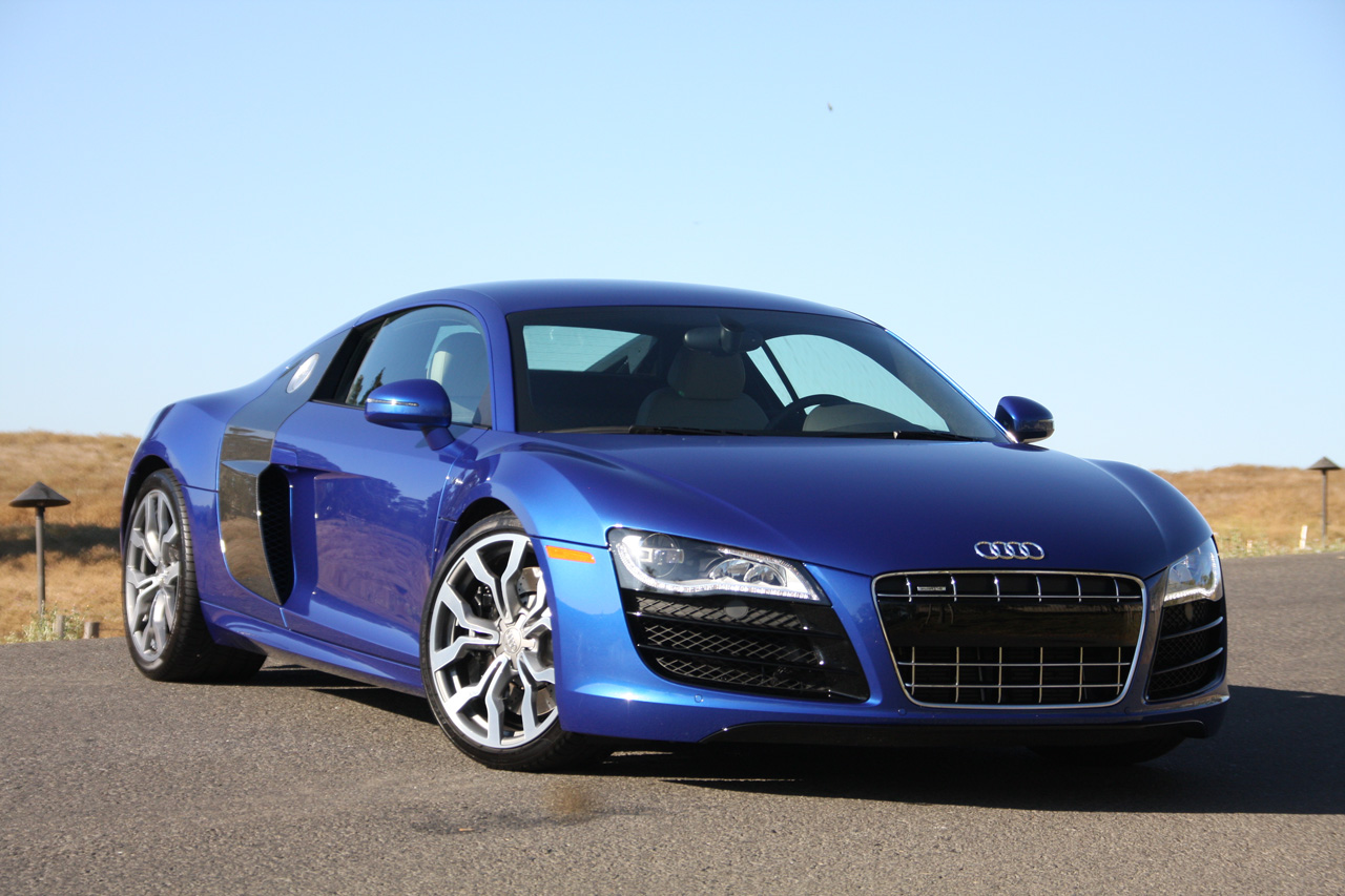 2011 Audi R8 in India Review | Tech World