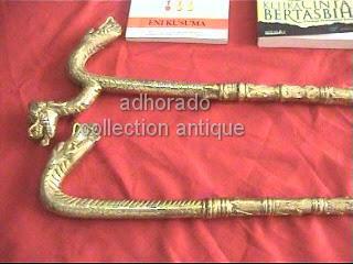Pedang naga hitam