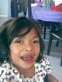 Annisa (kakak) - 8 feb 2001 - 22hb Disember 2011
