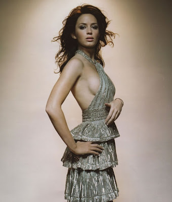 Emily Blunt Have a beautiful body