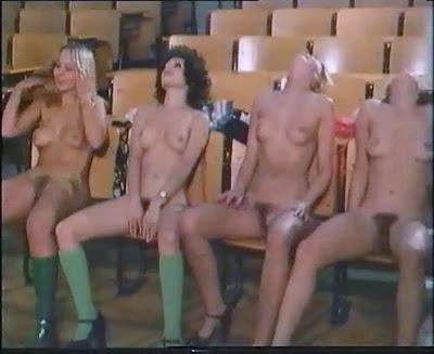 Schulmadchen porno 1976 with gina janssen - 3 2