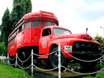 Free Stock Photographs from Altered Black - The One-stop Creative Design Agency for your Business - Vintage BUs