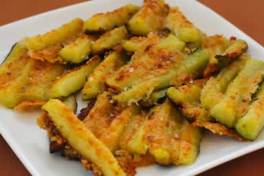 new favorite from last summer was this Parmesan Encrusted Zucchini ...