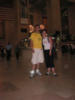 Eu e a Nina no meio da Grand Central Terminal - Me and Nina in the middle of the Grand Central Terminal