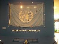 Bandeira rasgada - Ripped flag