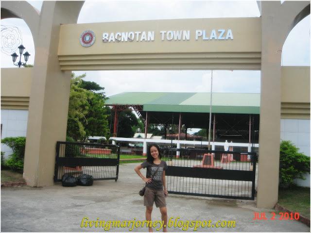Bacnotan Town Plaza