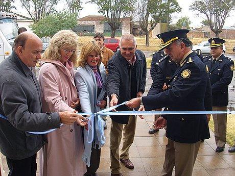 Guatraché: Reinauguró el Mini Hogar y la Comisaría