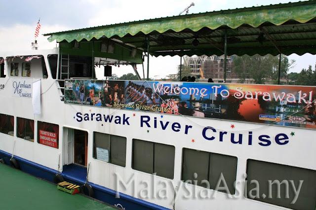 River Cruise in Sarawak