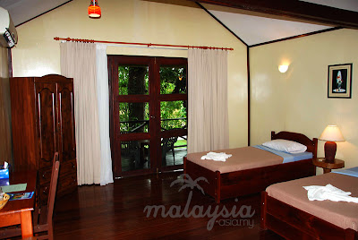 Kinabatangan River Chalet Room Photo