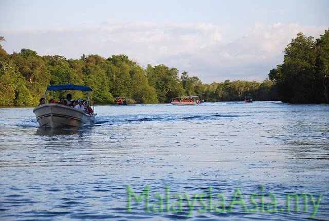 Tours at Klias River