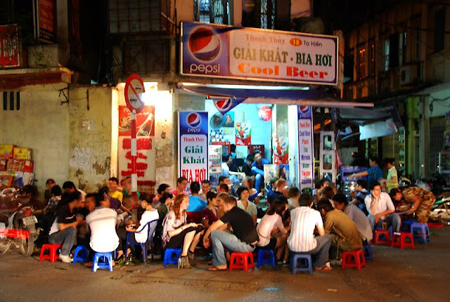 Hanoi Beer Junction Photo