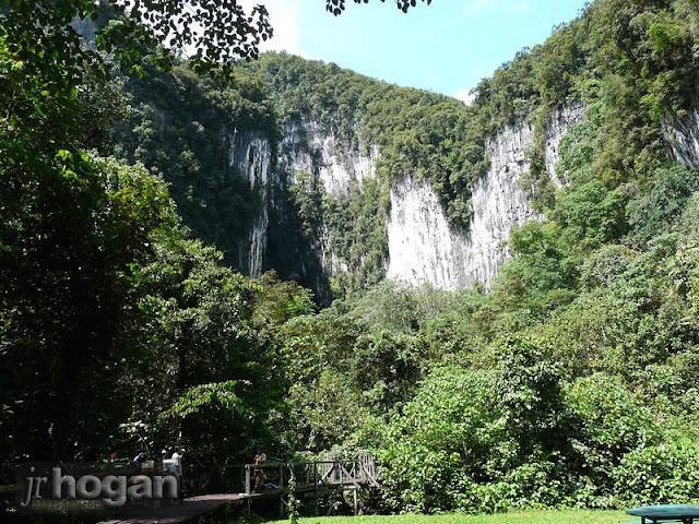 Mulu Park Deer Cave Sarawak