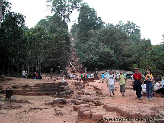 Photo of Bakheng Hill
