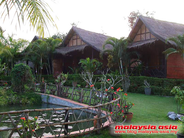Garden Area Thongbay Guesthouse in Luang Prabang