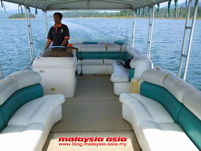 Boat Trip at Kenyir Lake